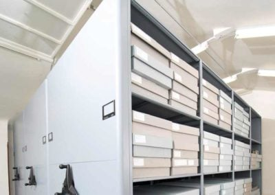museum-storage-systems-by-datum-storage